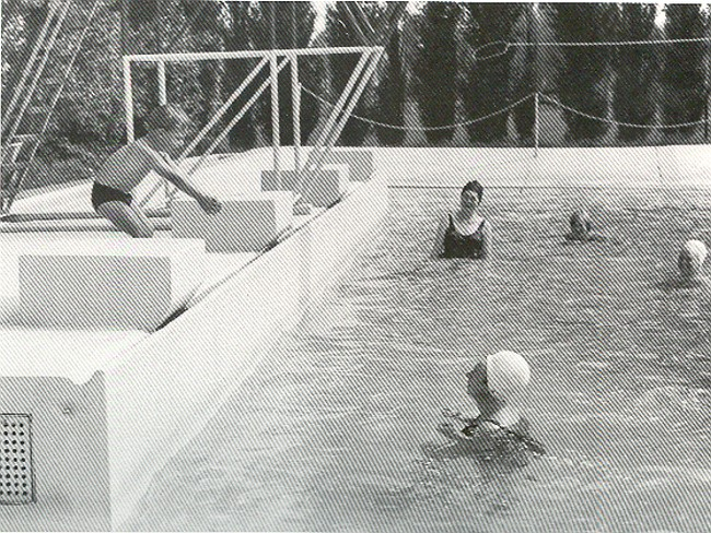 Schwimmen lernen im Freibad in Kellen