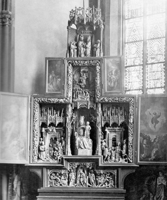 Der Marienaltar in der Stiftskirche zu Kleve
