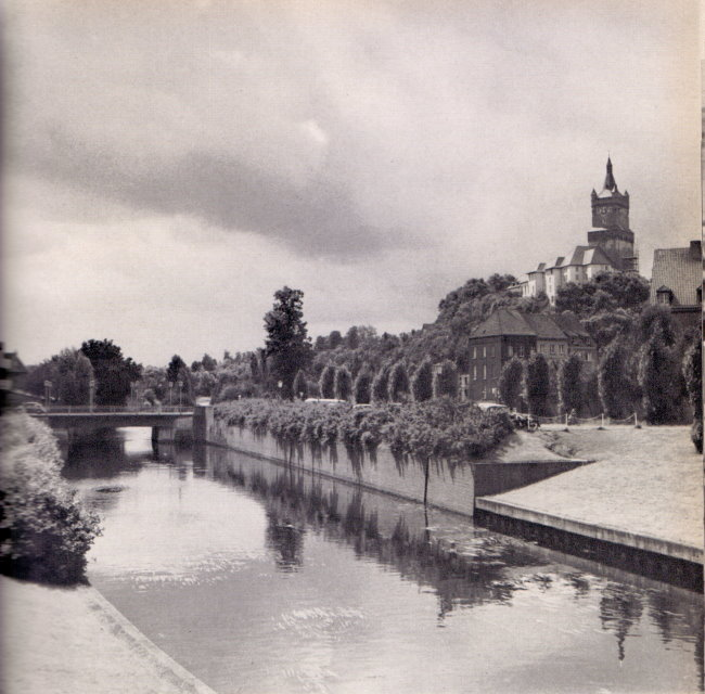 Bekend? De oude brug over het Spoy-kanaal in Kleve