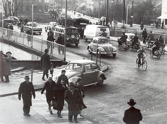Dat was ooit: te veel verkeer op de Herzogbrücke