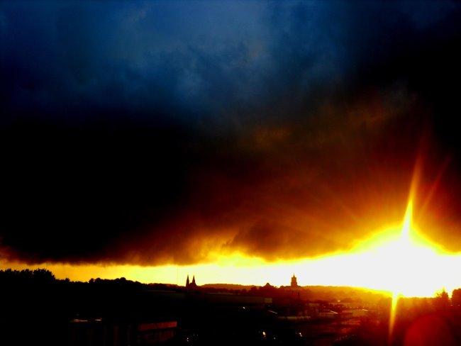 Klever Skyline - Explosion