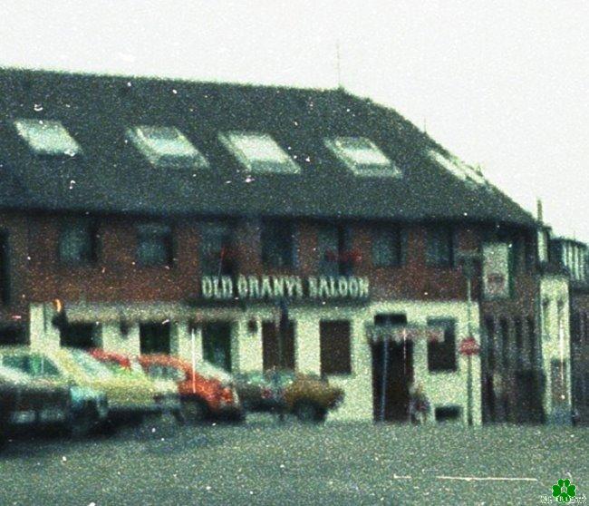 Daar ook gevierd? Old Grany's Saloon op de kleine markt