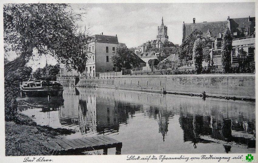Blick auf die Schwanenburg vom Stadteingang aus