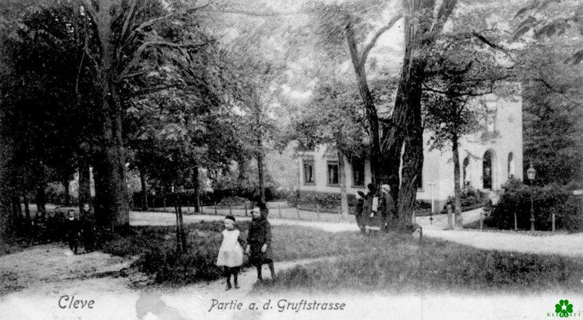 Kinder an der Gruftstraße in Kleve