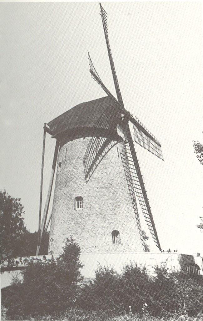 Mühle auf Hufscher Weg in Keeken – Gestern + Heute