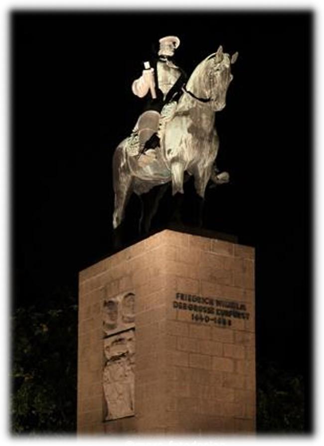 Klever Denkmäler im Lichte der Nacht