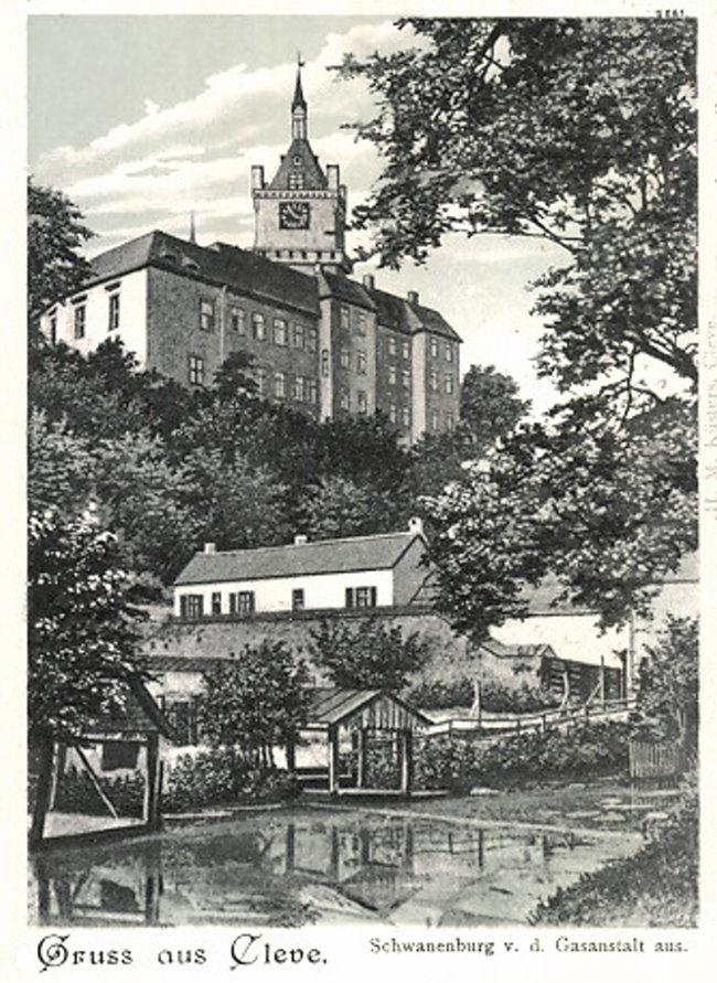 Die Schwanenburg von der Gasanstalt aus gesehen