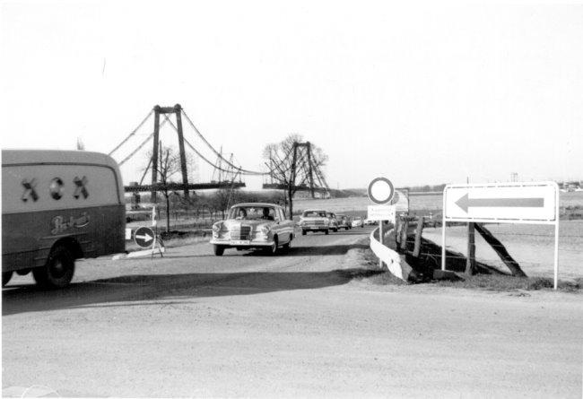 De aanleg van de Rijnbrug naar Emmerich
