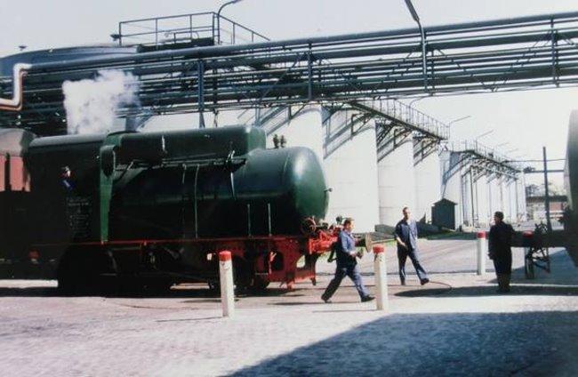 Kent u haar de kleine locomotief uit van-den-Bergh