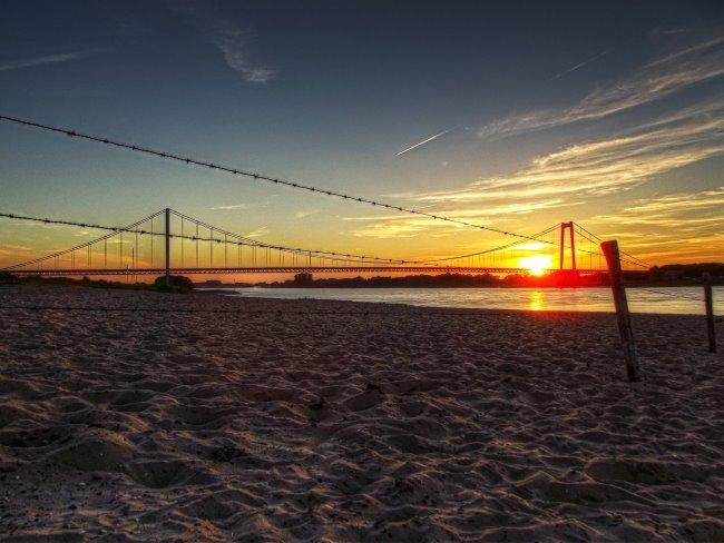 Het droomstrand aan de Rijnbrug