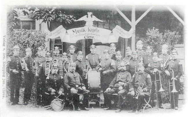 Vrijwilliger brandweer Cleve - The Music Chapel