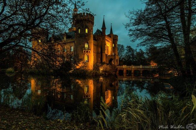 Schloss Moyland im Spiegel