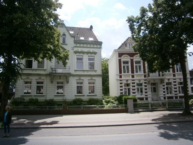 Häuser Hoffmannallee 111-113 in Kleve - gestern + heute