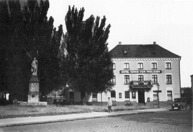 Hotel König Von Preussen aan de Kaiser-Wilhelms-Platz in Kleve