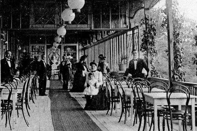 Wäre heute toll: Auf der Terrasse von Hotel Maywald