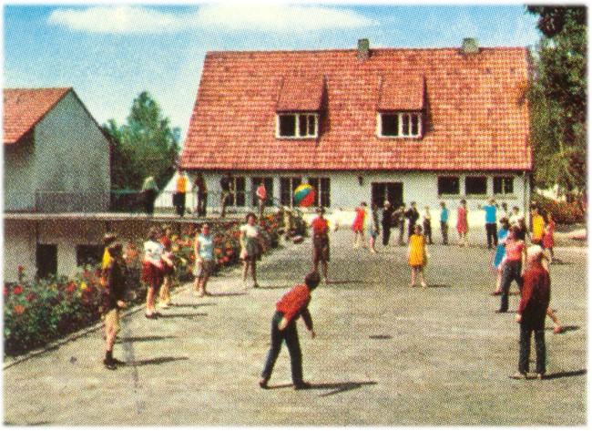 Die Jugend auf dem Wolfsberg bei Kleve