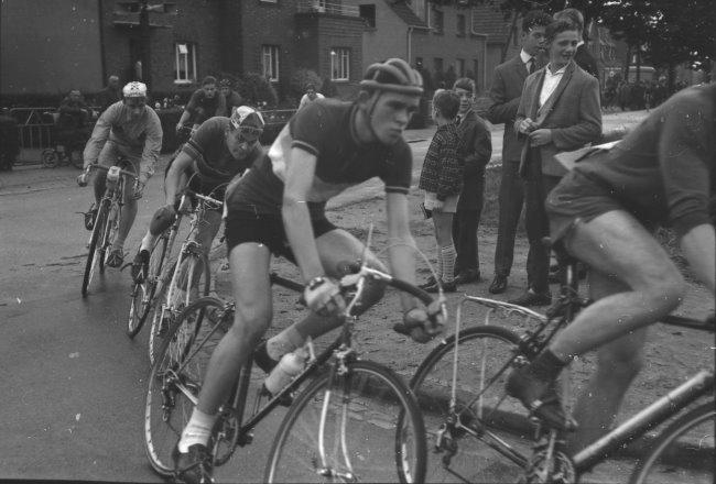 Bekannt? Tour de Kleve - Radrennen rund um Burg Ranzow