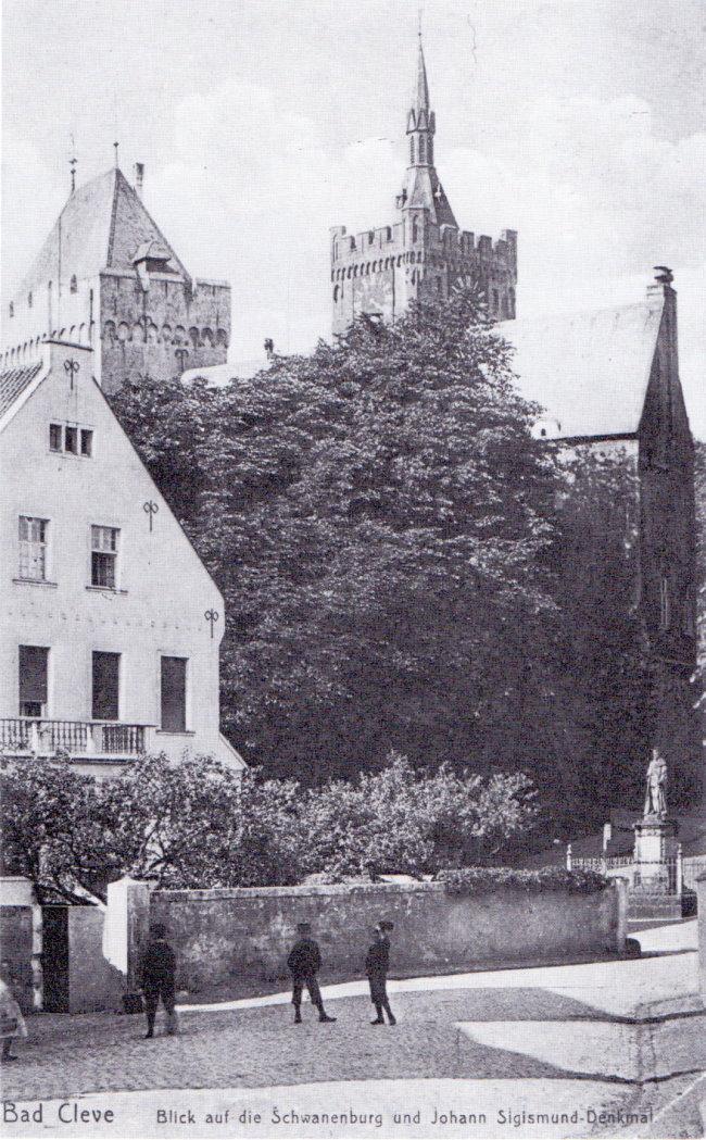 Wow! Johann-Sigismund vor der Schwanenburg