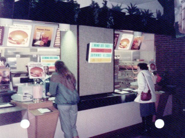 Heb je hier ook hamburgers en Big Mäc gegeten?