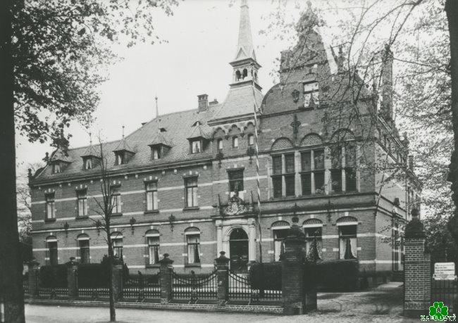 Wer wusste noch wo das Landratsamt in Kleve war?