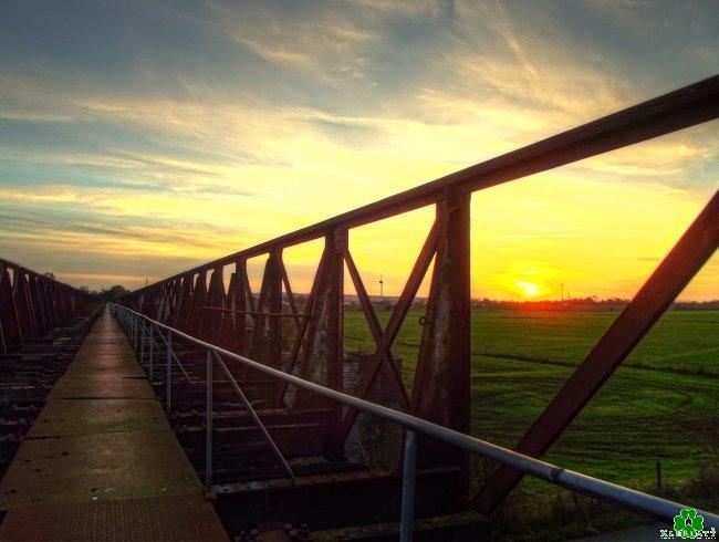 Wow! De eindeloze brug van Griethausen