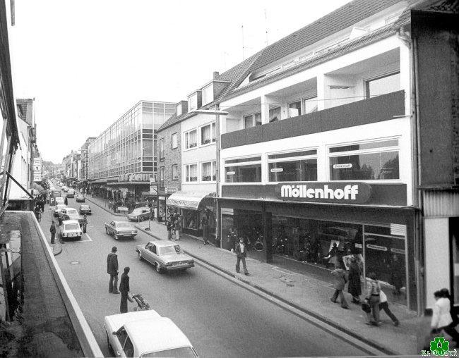 Hast Du auch bei Möllenhoff an der Großen Straße eingekauft?
