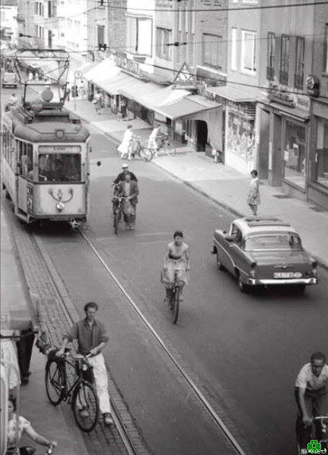 Die Große Straße der Fünfziger Jahre