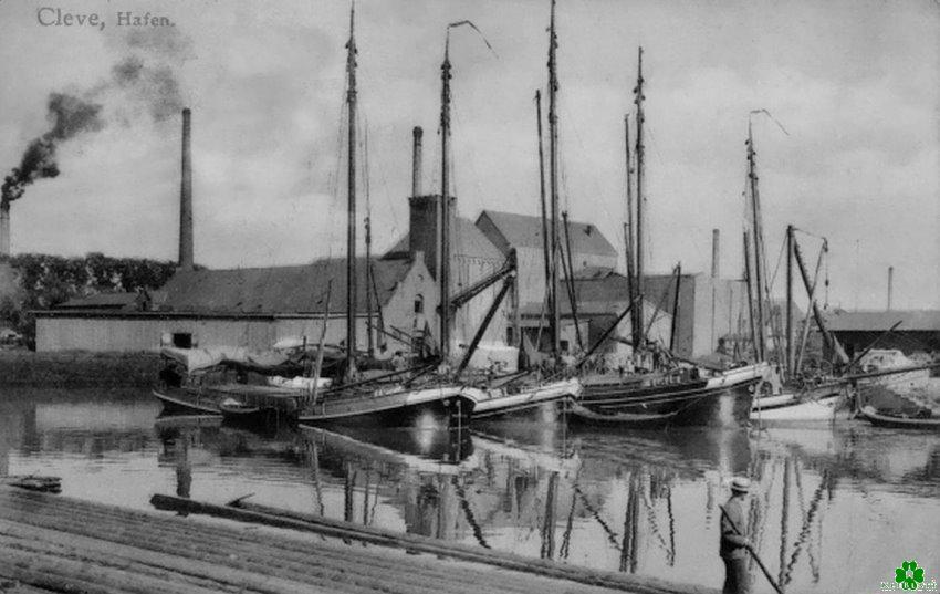 Zeilers en vlotten in de haven van Kleve
