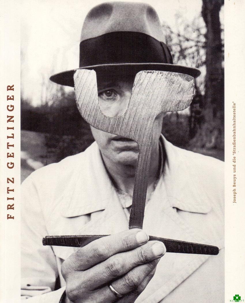 Joseph Beuys und die Straßenbahnhaltestelle