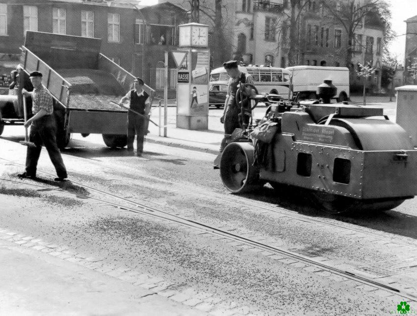 Straßenarbeiten an der Linde in Kleve