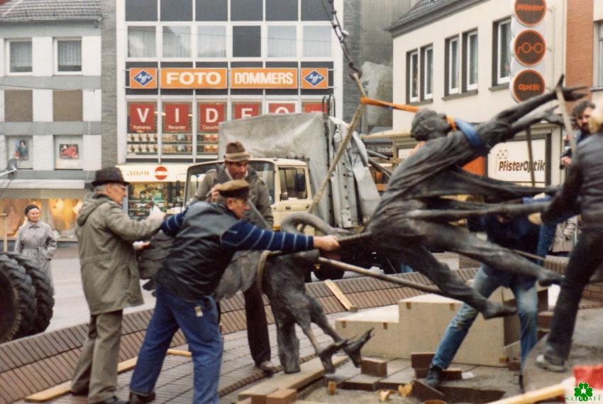 Was je daar? De Lohengrin-fontein bij de vissenmarkt in aanbouw