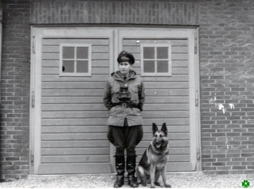 Der Herr und sein Hund in Wyler