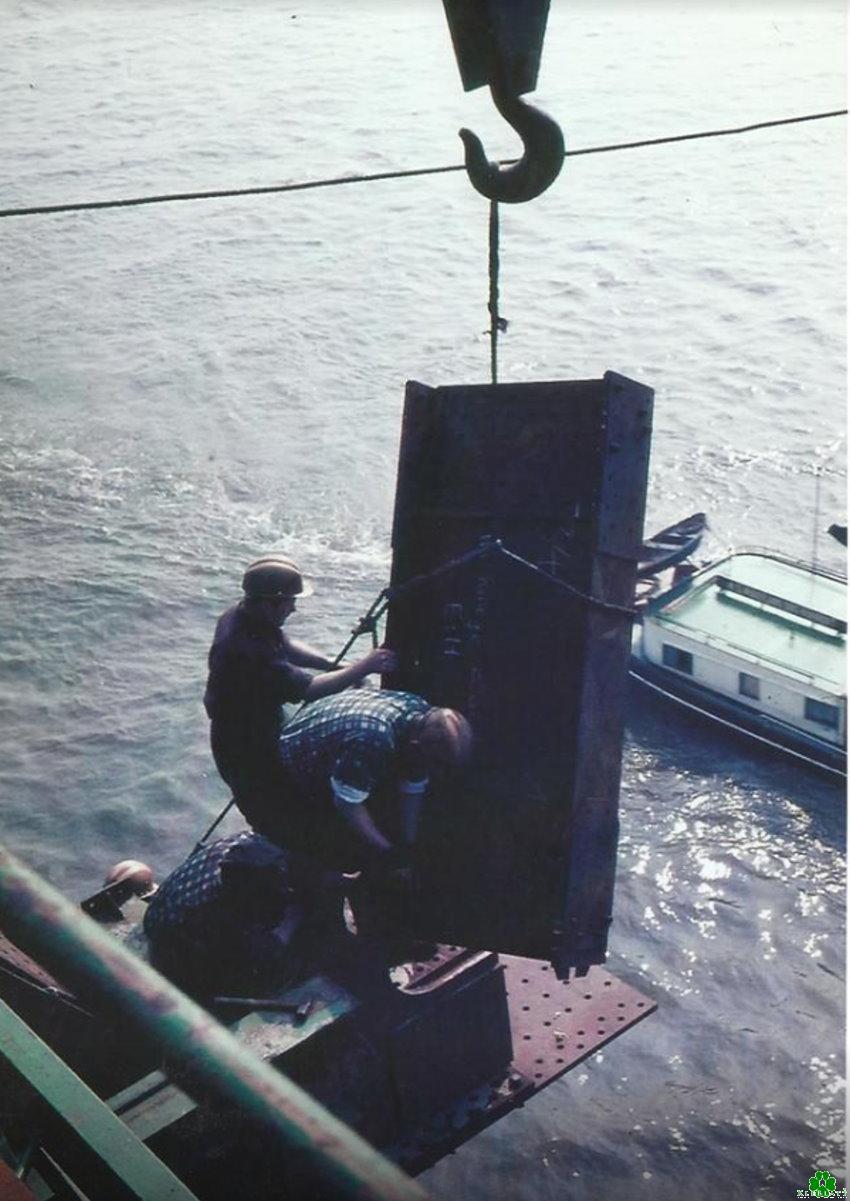 De gevaarlijke constructie van de Rijnbrug Kleve-Emmerich